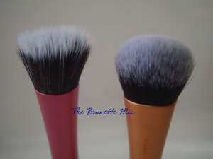Real Tecniques Stippling Brush - Expert Face Brush