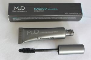MUD volumizing mascara