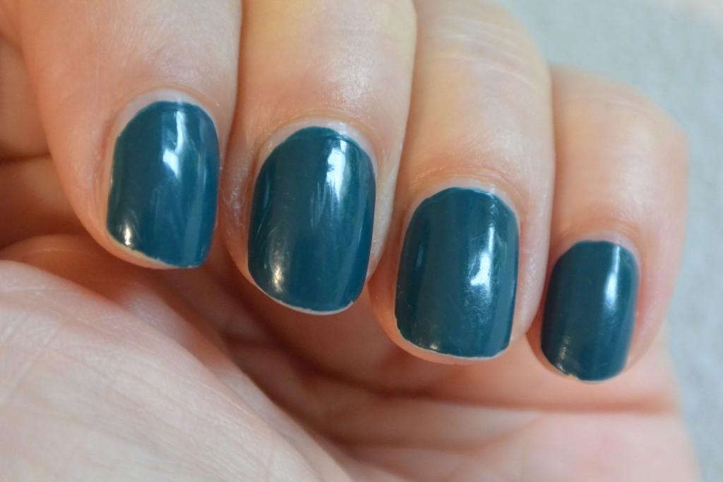 TNS nail polish 411 + Flash top coat dopo 5 gg