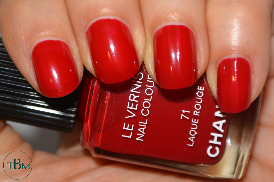Chanel 71 Laque Rouge swatch