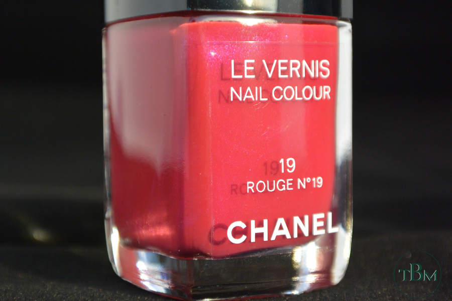 Chanel Rouge n°19