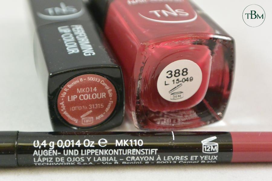 TNS Red Vanity makeup