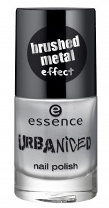 essence urbaniced nail polish 04