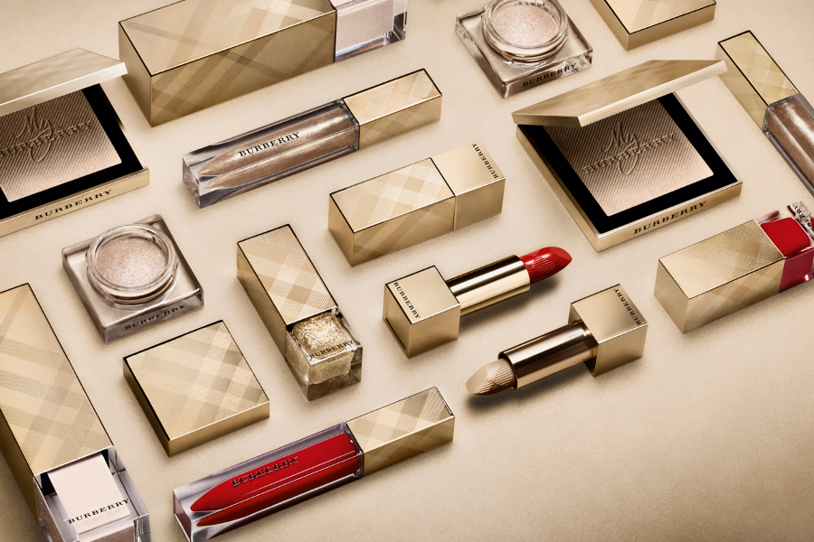 Burberry Digital Nail and Lip Bar