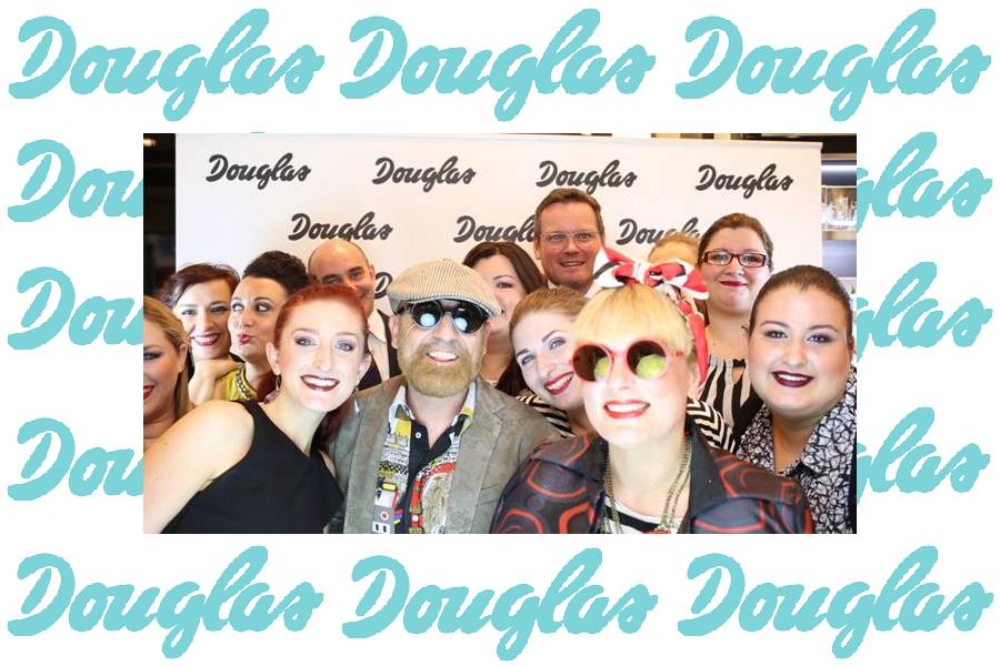 Douglas make-up